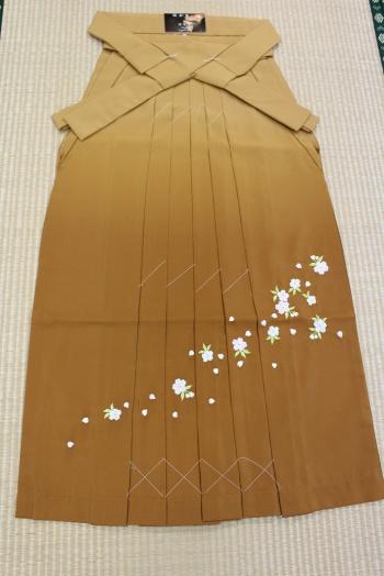 卒業式袴 刺繍3